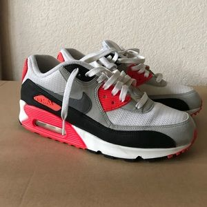 Air Max 90 Infrared size 9.5 womens